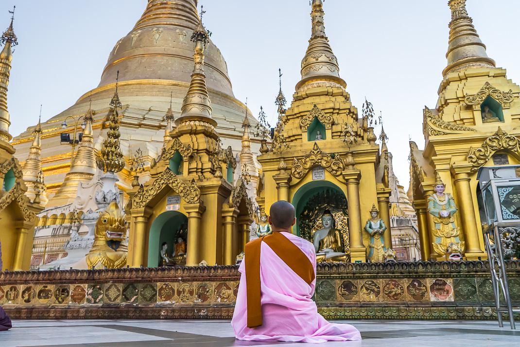 Myanmar Monk Shwedagon Pagoda