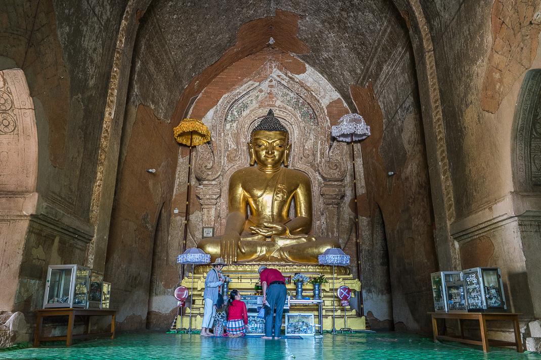 Old Bagan Sulamani Buddha