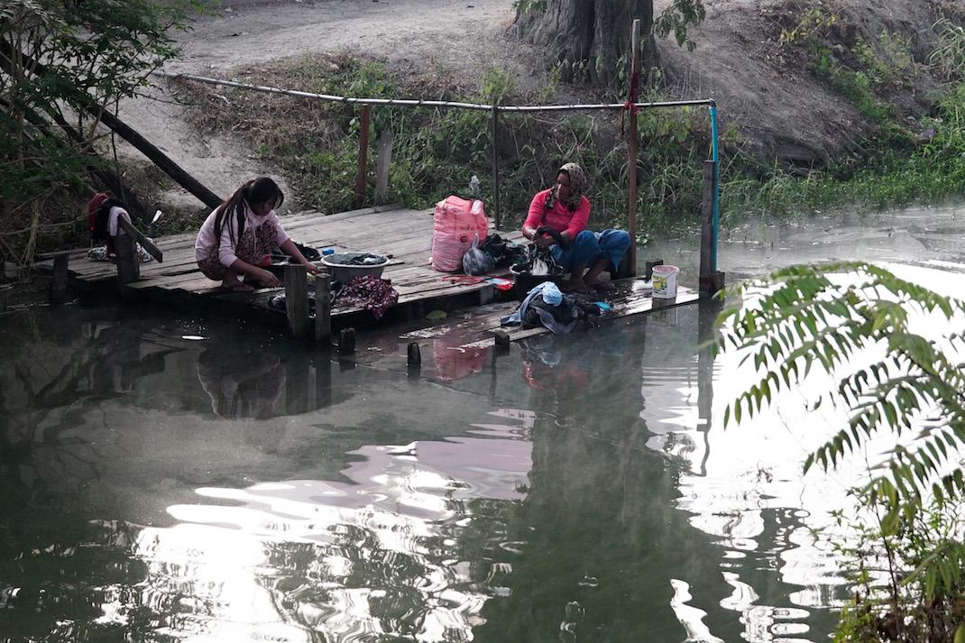 Nyaung Shwe Clothes Washing