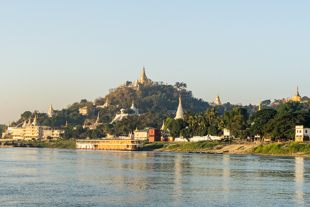 Mandalay Ferry Pagodas Shoreline